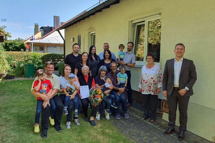 Anna Luft feiert 90. Geburtstag