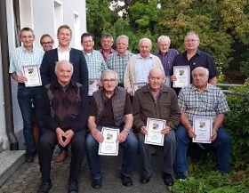 Krieger- und Reservistenkameradschaft Deining mit Bürgemeister Peter Meier